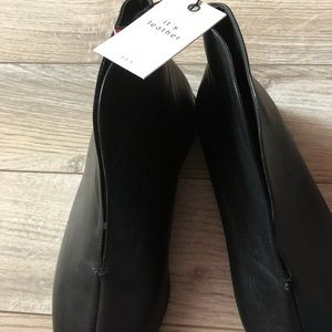 Zara genuine leather shoes, new with tag